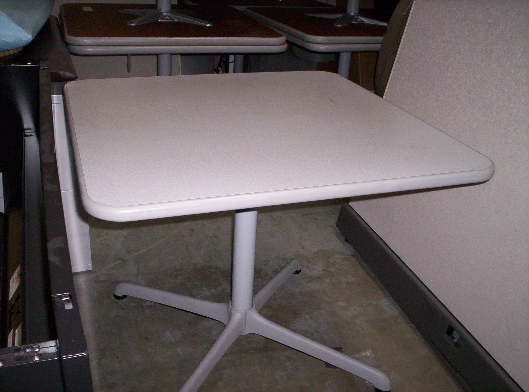 used cubicles orlando fl desks chairs tables specials discounted